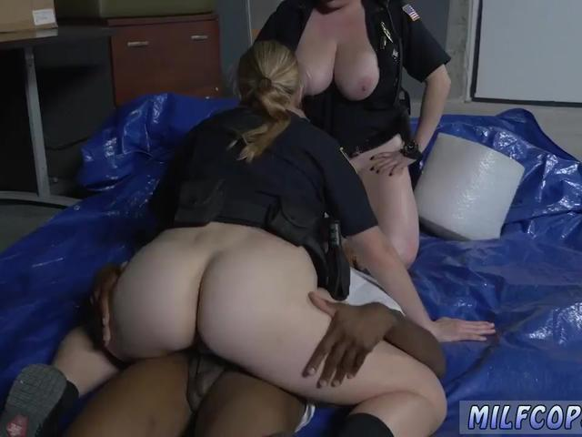 Big tit milf gives massage Cheater caught doing misdemeanor break in