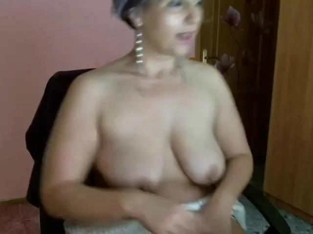 GILF fooling around and masturbating on cam