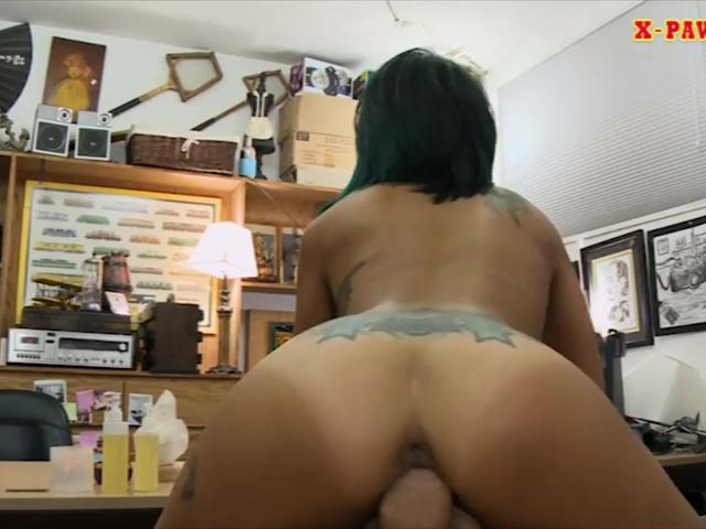Slim Asian babe sells her massage table and gets fucked
