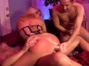 Enjoy as this lusty blonde vixen has her warm vag ...