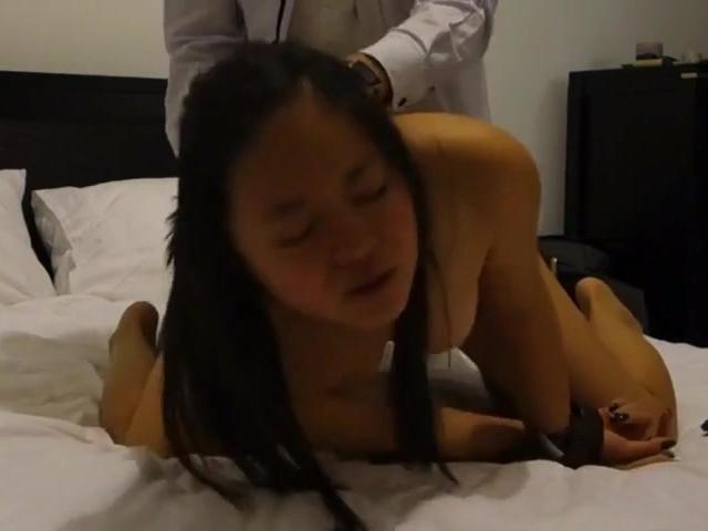 Cambodian sub Vanna trained and cum splashed