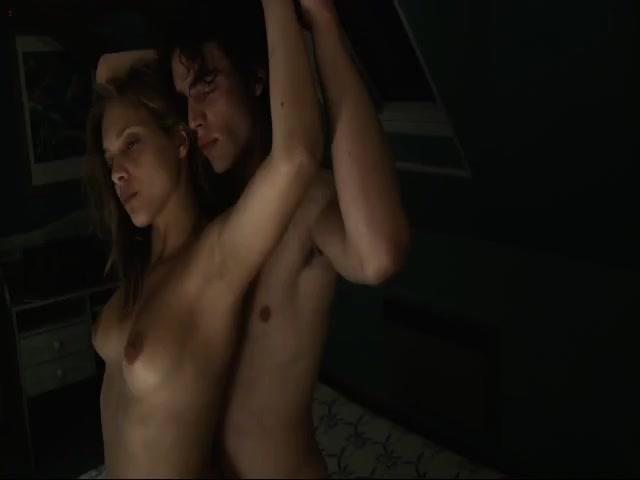 Lovely Brunette Does 3some Sex