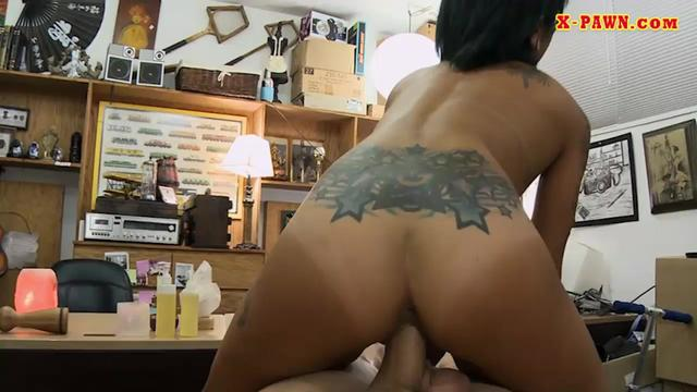 Asian girl railed by nasty pawn keeper at the pawnshop