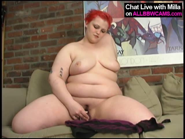 Fat Redhead Gal Cums From Her Dildo