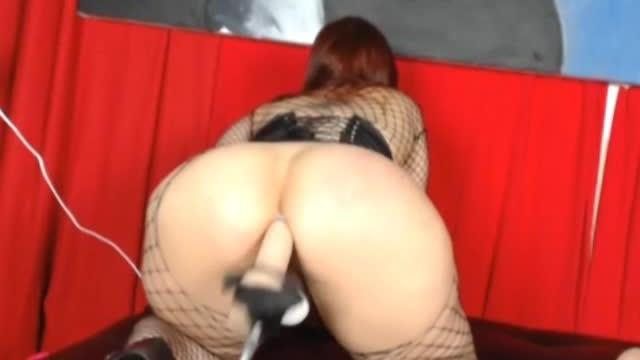 Fishnet Babe Fucked by Dildo Fucking Machine HD