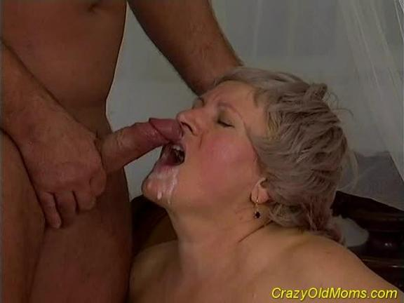 BBW Old Whore Takes Hard Dick Up All Fuckholes
