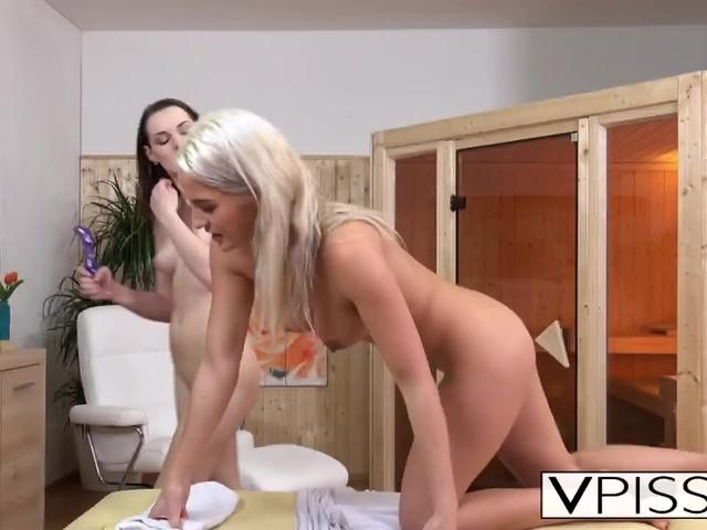 Lesbians Becky and Berry piss and play with toys