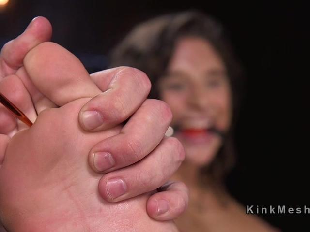 Hairy bound slave got feet stabbed