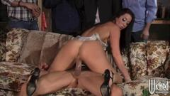 See today's sexy bitch nailed by throbbing cock in front ...