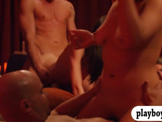 Bunch of newly couples enjoyed swinging and erotic orgy