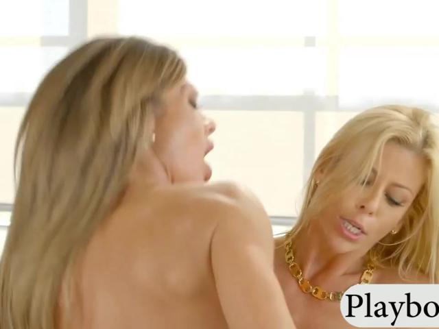 Big hooters blond MILFs threesome session on the couch