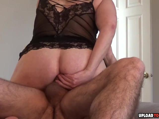 She Always Licks The Cock Before Sex