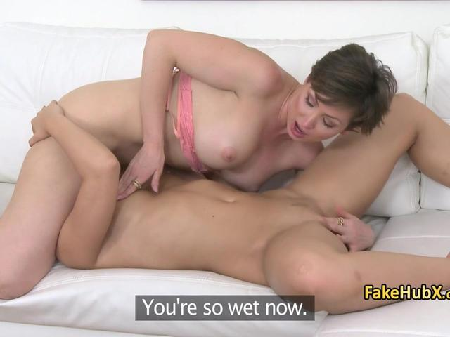 Lesbo agent suck pussy on cast