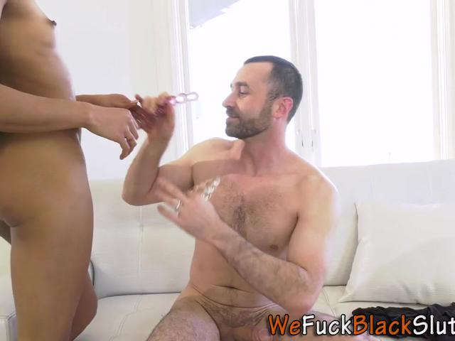 Butt toyed black babe anally rides