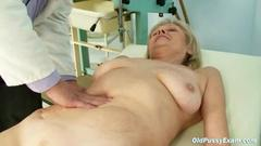 This mature housewife has her cunt checked up by one ...