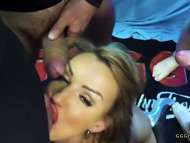 Milf elen million in cumshots and blowjobs actions