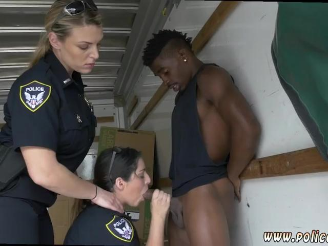 Midget man gets girl blowjob and older blonde guys nude first time