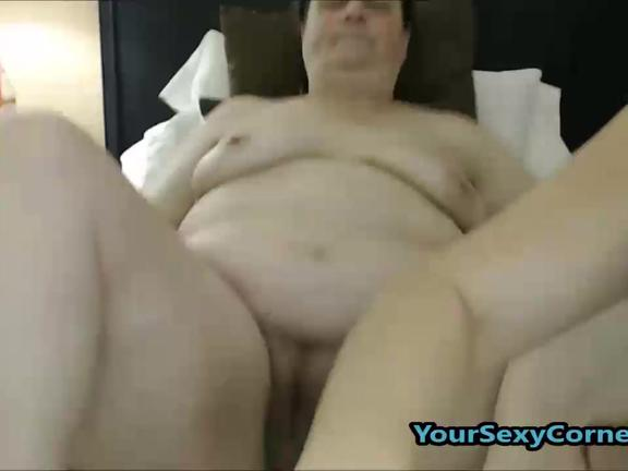 Granny Eats Young Girls Hairy Pussy