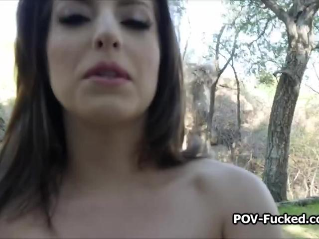 Long drive interrupted by hot stranded pussy