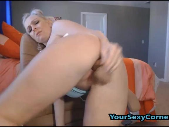 Watch Busy Blonde Mommy Getting Wild With Dildo