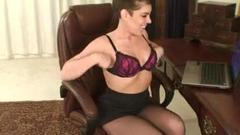 Watch today's awesome office mom shows off her awesome boobs ...