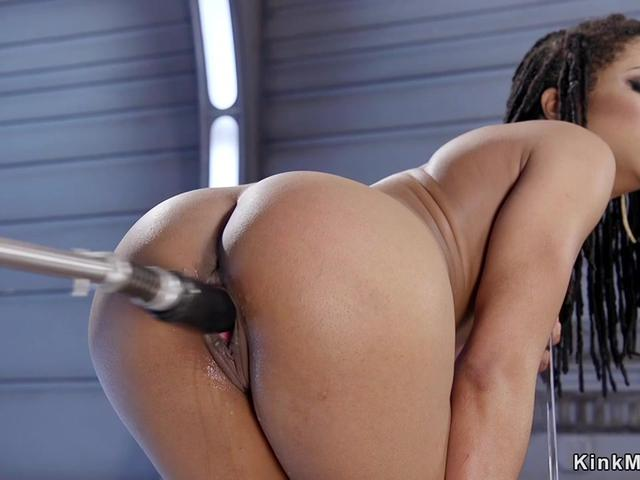 Wet pussy ebony babe fucking machine